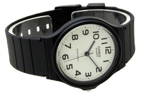 Простые наручные часы Casio за $10 с eBay