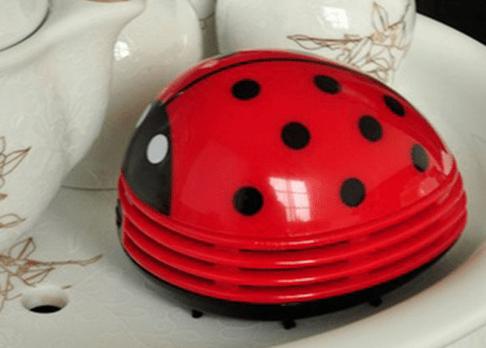 Миниатюрный робот-пылесос для кухонного стола в форме божьей коровки