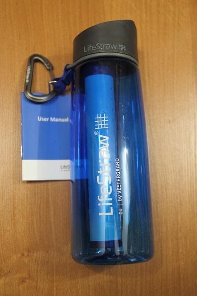 Бутылка с антибактериальным фильтром для воды LifeStraw и инструкция к ней