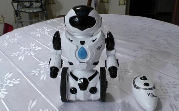 Радиоуправляемый робот-игрушка с GeekBuying