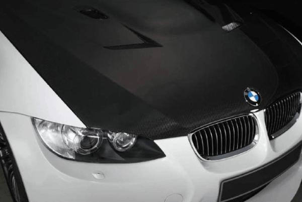 Плёнка с текстурой карбона для бюджетного тюнинга авто