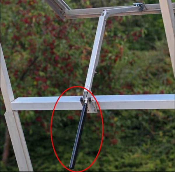 Устройство для автоматического проветривания балконов и теплиц