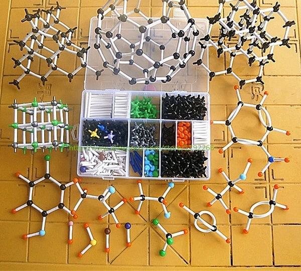 Конструктор молекул