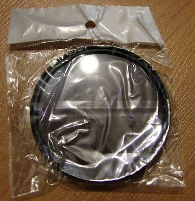 Поляризационный светофильтр в упаковке