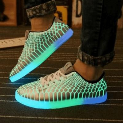 Женские кроссовки, светящиеся в темноте