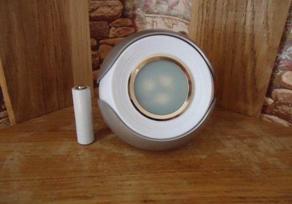 Лампа с 256 оттенками излучаемого света, купленная на TVC-mall