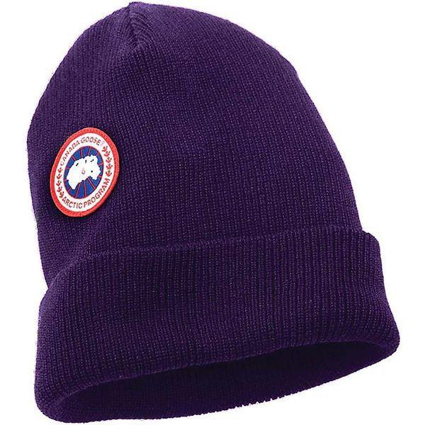 """Шапка от """"полярного"""" бренда Canada Goose"""