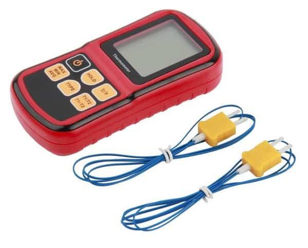 Электронный термометр с выносными датчиками
