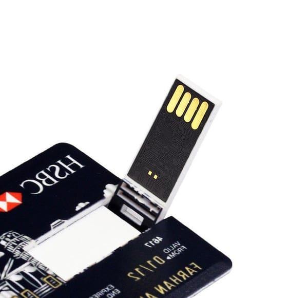 Подарочная флешка в виде кредитки