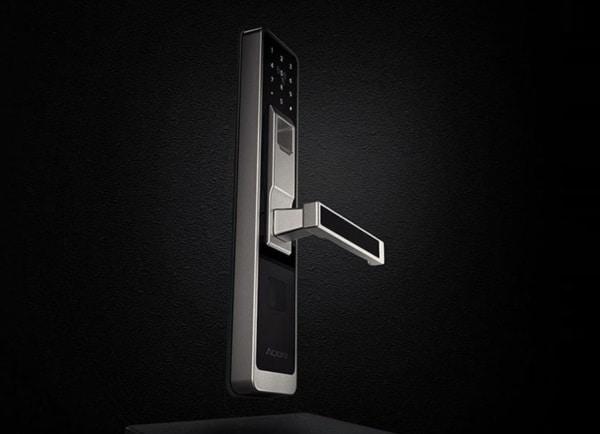 Дверной замок Xiaomi с биометрическим сканером