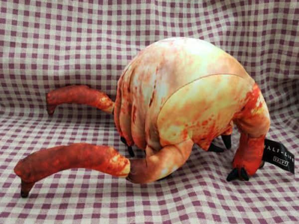 Шапка в виде хедкраба, купленная на Ebay