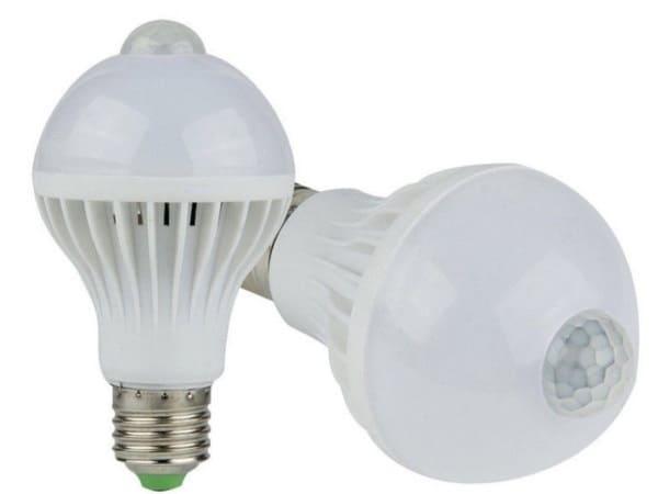 LED-лампочка, активируемая звуком