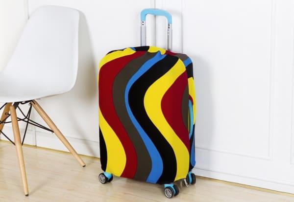 Яркие чехлы для дорожных чемоданов