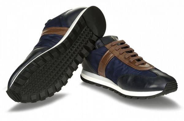 Опыт покупки кроссовок Cesare Paciotti в фирменном магазине