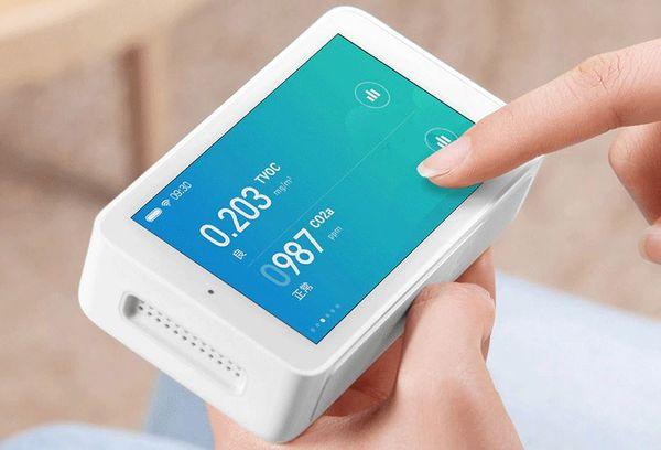 Устройство для мониторинга качества воздуха от Xiaomi