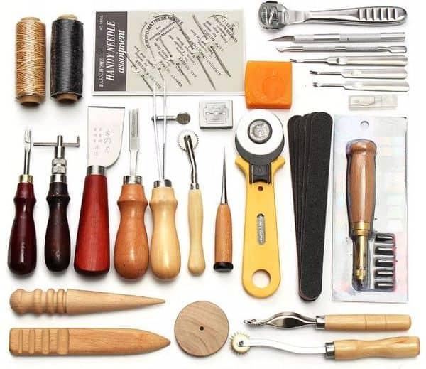 Набор инструментов для работы по коже