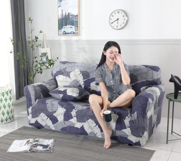 Чехлы для защиты дивана
